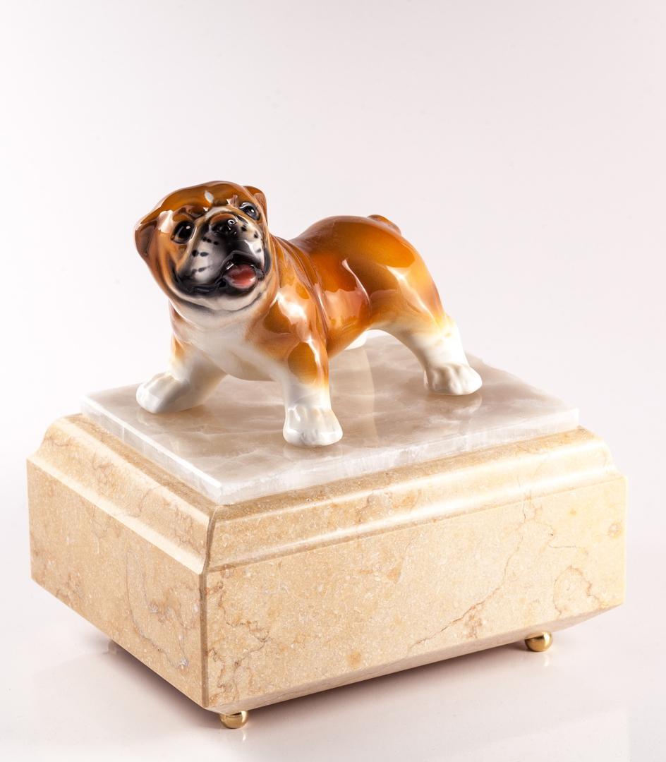 Urna per animali Bulldog in marmo Silvia Oro