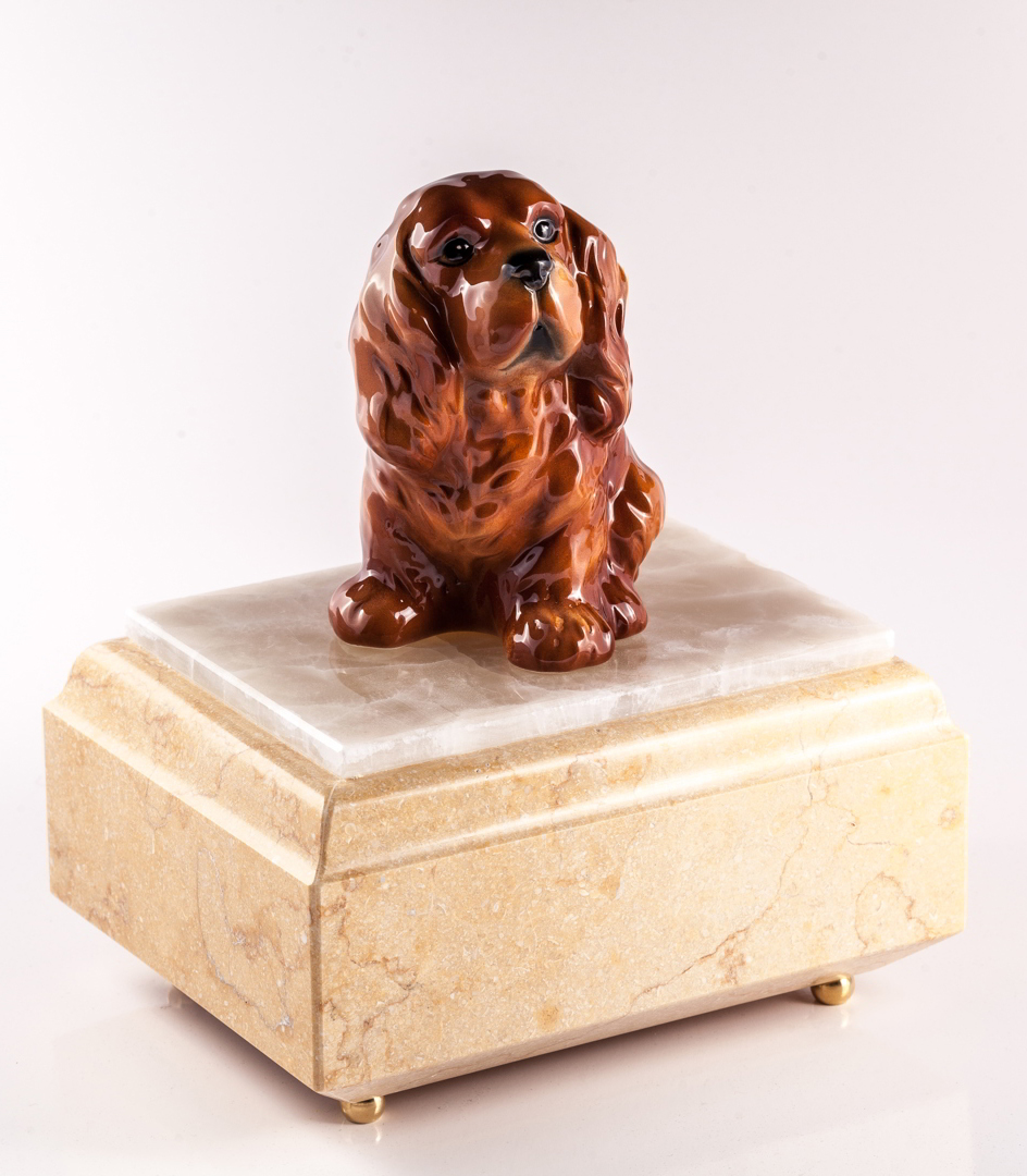 Urna per animali Cocker in marmo Silvia Oro
