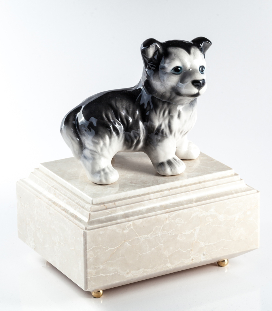 Urna per animali Husky in bianco Carrara - aSilvy