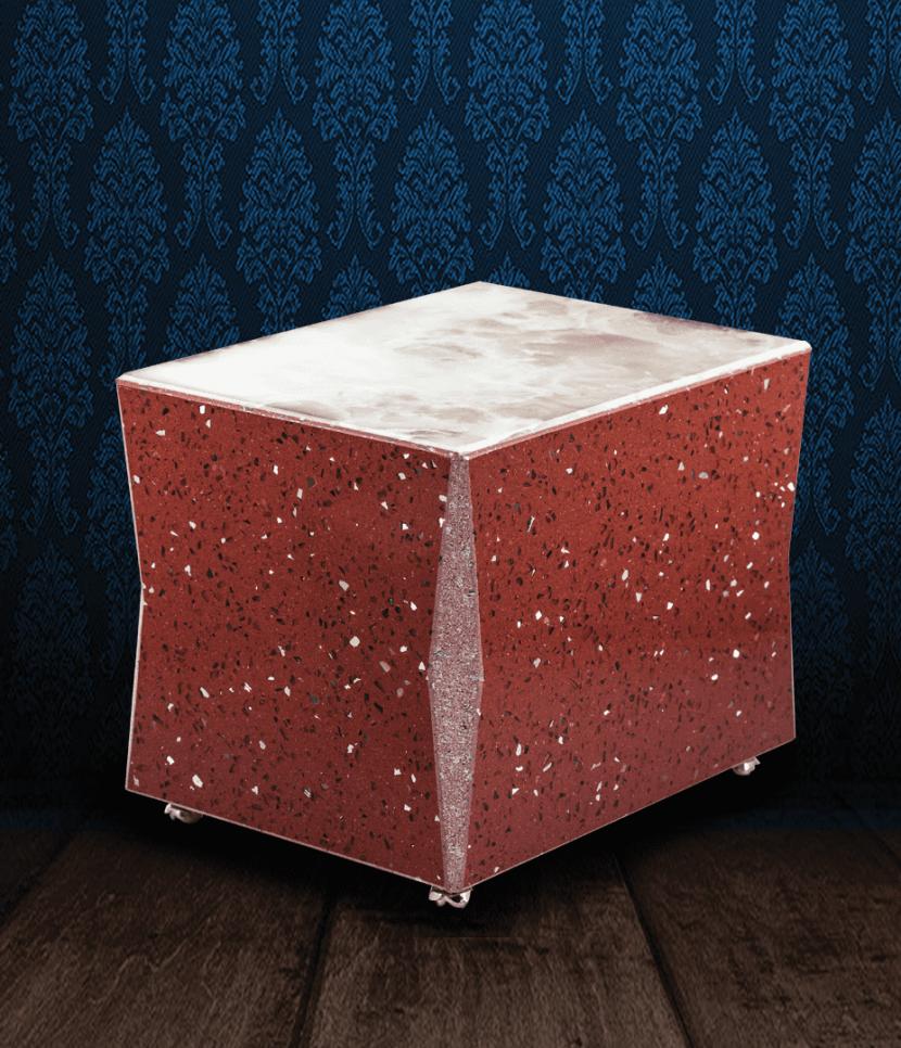 Urna cineraria in Marmo Starlight rosso bordeaux e pregiata Onice Bianca