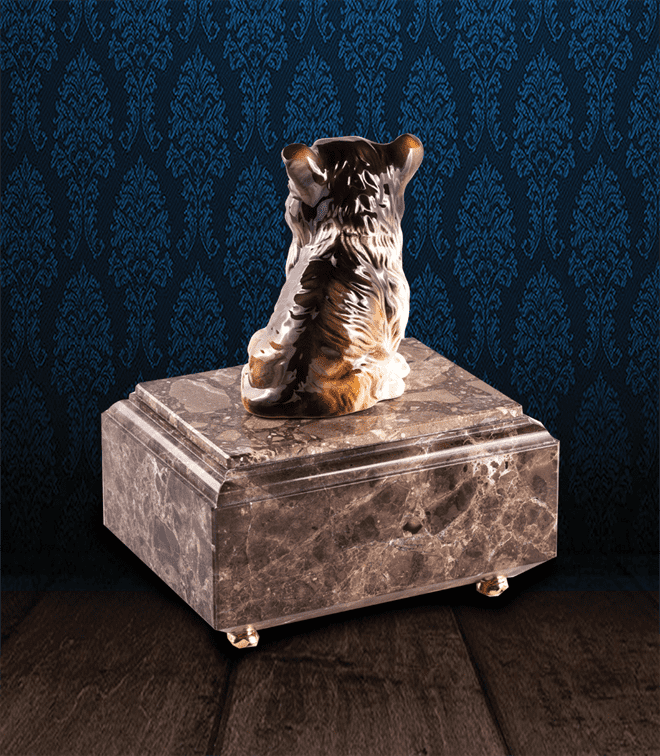 Urna per animali in pregiato Marmo Imperador Dark e Collie in fine ceramica dipinto a mano